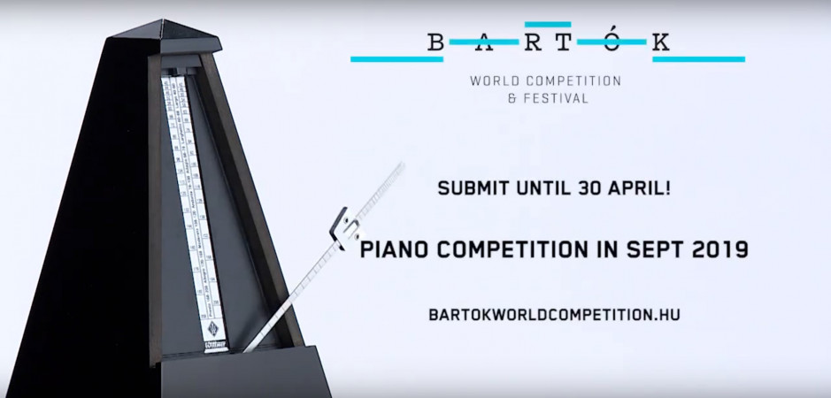 Click on the video of the 2019 competition